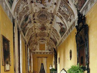 Castello della Manta, Corridoio delle Grottesche, Manta, CN © FAI - Fondo Ambiente Itraliano