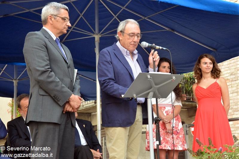 Pinuccio Bracco, presidente dell'Ente Fiera del pesco durante l'inaugurazione della manifestazione il 26 luglio 2015