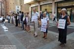 Le Donne in nero di Alba manifestano sabato contro ogni tipo di violenza