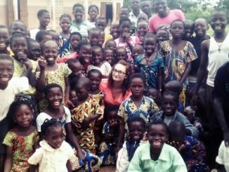 Primavera africana: a Bra mercatino di Natale per aiutare don Max Lafia