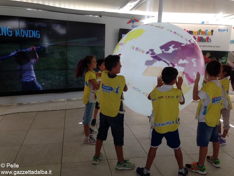 Con Ferrero a Expo _i bambini fanno girare il mondo