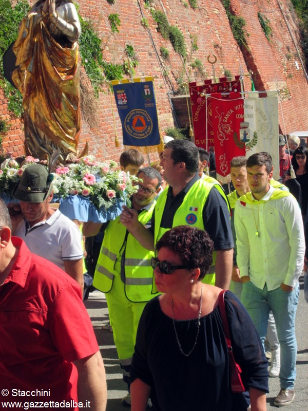 Santa Vittoria processione 6 settembre 15 (15)