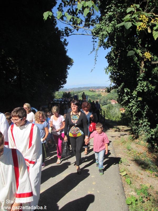 Santa Vittoria processione 6 settembre 15 (19)