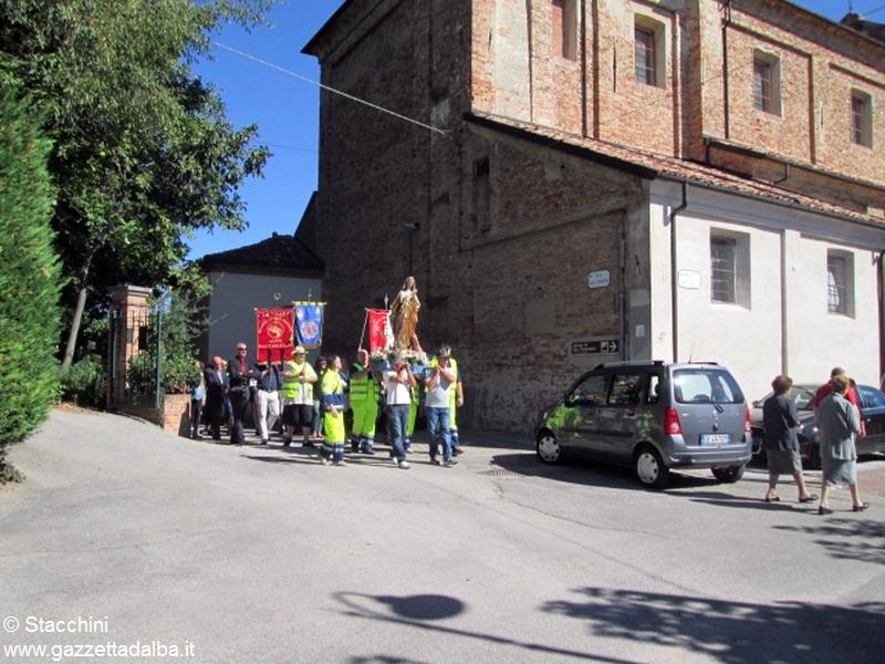 Santa Vittoria processione 6 settembre 15 (24)