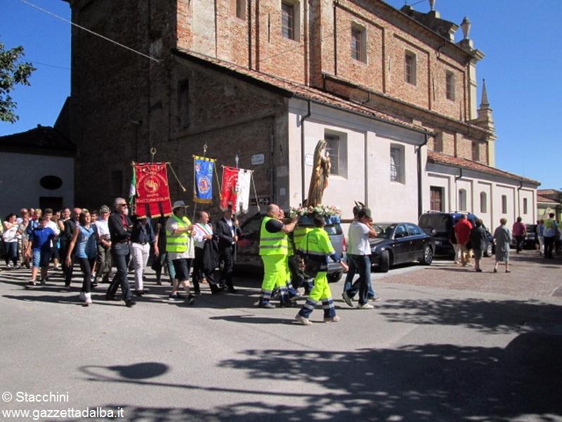 Santa Vittoria processione 6 settembre 15 (25)