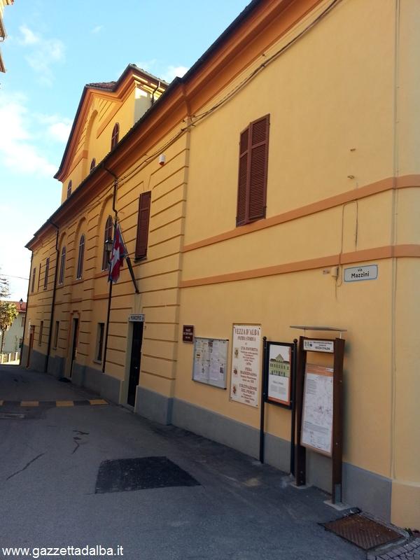Vezza - Municipio facciata ristrutturata