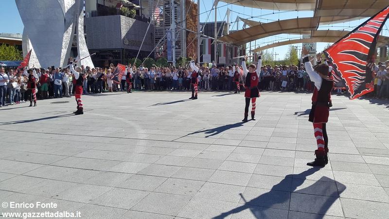 borghi-Alba-Expo-settembre2015 (12)