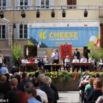 Cheese 2015. Petrini: «Diciamo no al formaggio con il latte in polvere!»