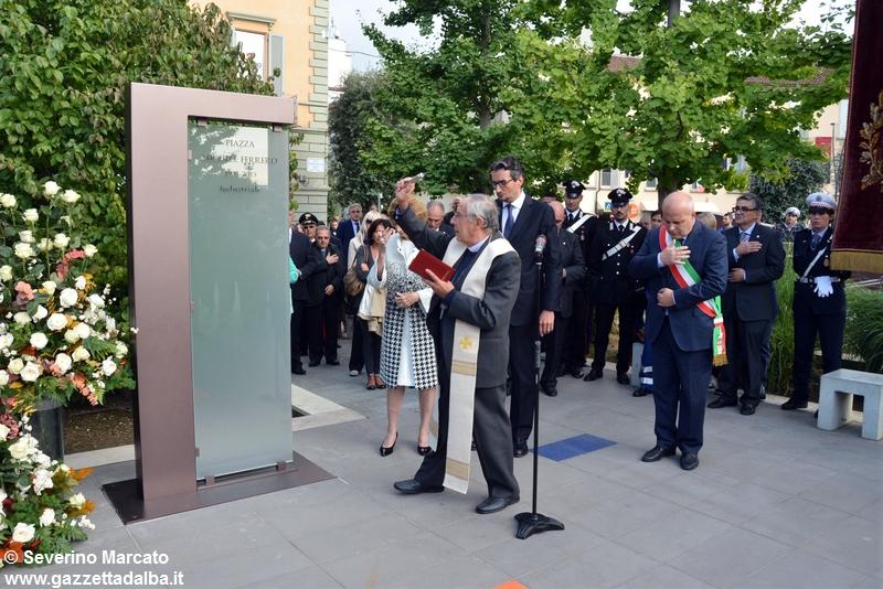 inaugurazione-piazza-michele-ferrero-alba-29settembre2015 (10)