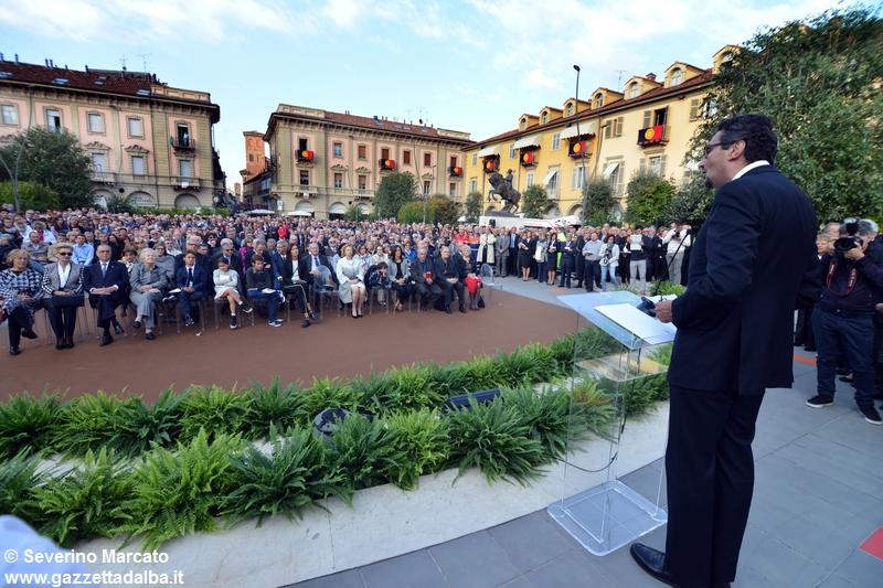 inaugurazione-piazza-michele-ferrero-alba-29settembre2015 (19)