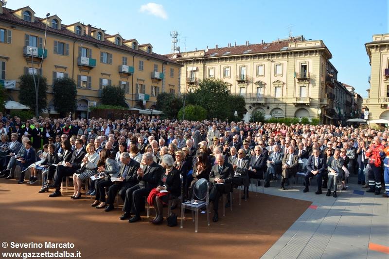 inaugurazione-piazza-michele-ferrero-alba-29settembre2015 (29)