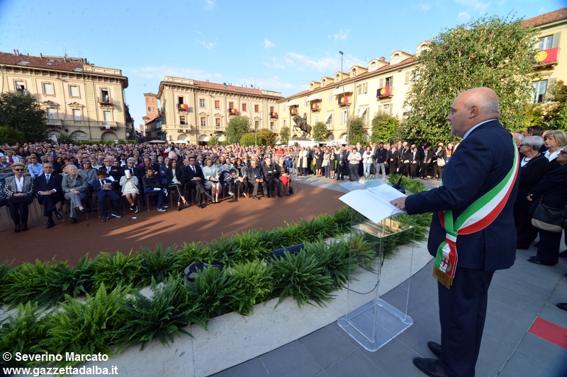 inaugurazione-piazza-michele-ferrero-alba-29settembre2015 (30)