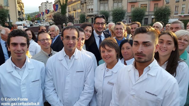 intitolazione-piazza-michele-ferrero-alba-29settembre2015 (7)