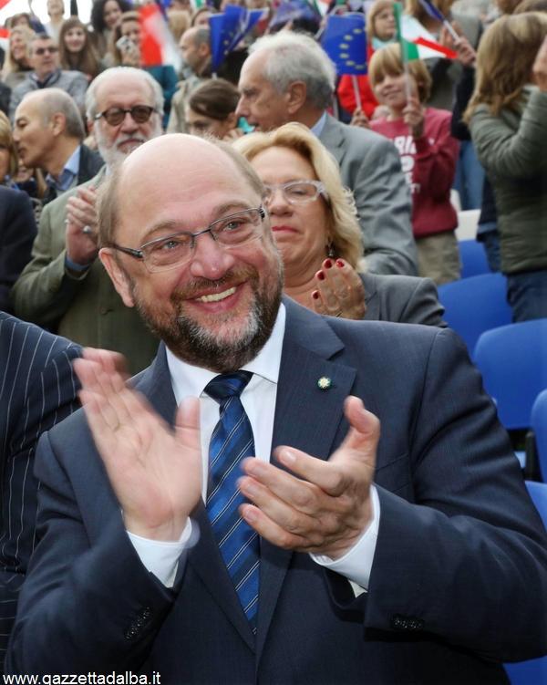 Photo Murialdo Monforte italy . consegna della cittadinanza a martin Schultz (9)