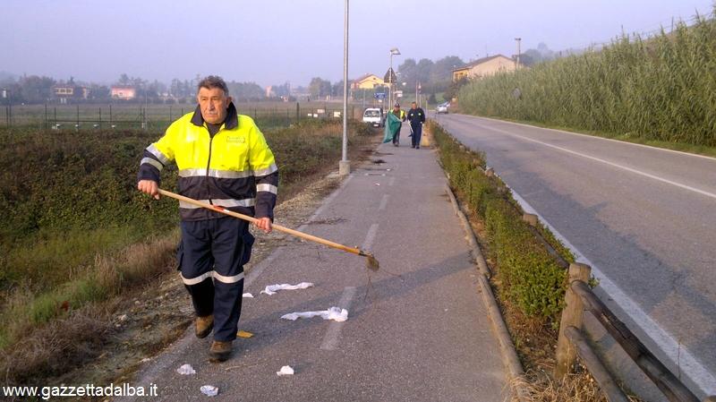 Protezione civile Canale pulisce la ciclabile (6)