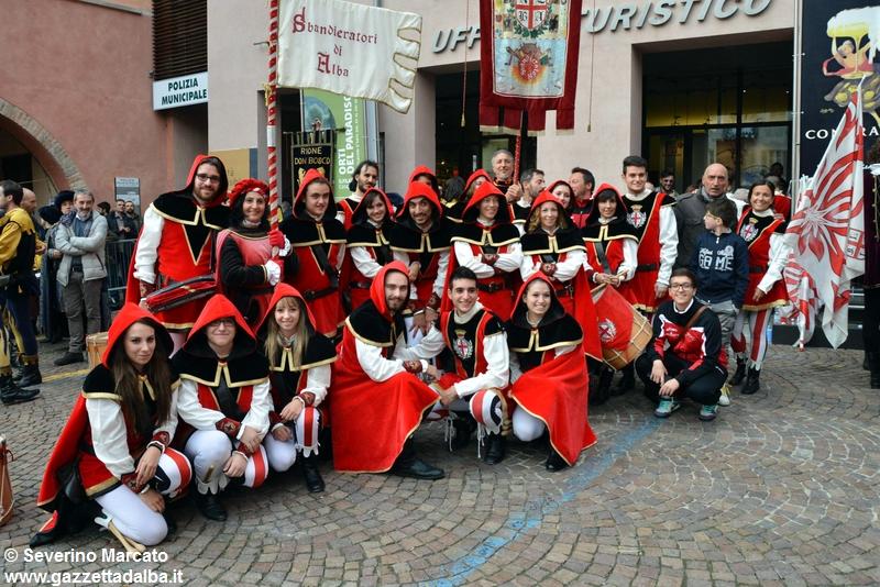 festival-bandiere-sbandieratori-alba-ottobre2015 (30)