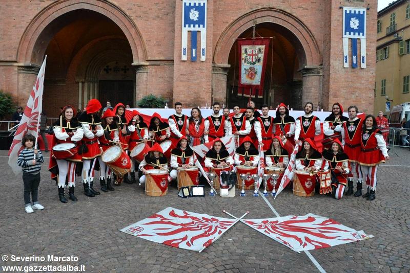 festival-bandiere-sbandieratori-alba-ottobre2015 (32)