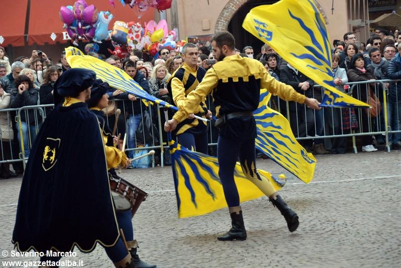 festival-bandiere-sbandieratori-alba-ottobre2015 (37)