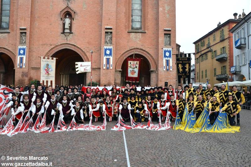 festival-bandiere-sbandieratori-alba-ottobre2015 (38)