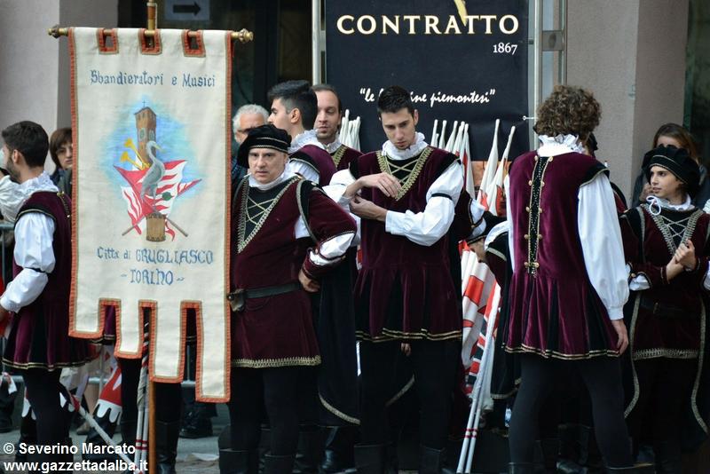 festival-bandiere-sbandieratori-alba-ottobre2015 (40)