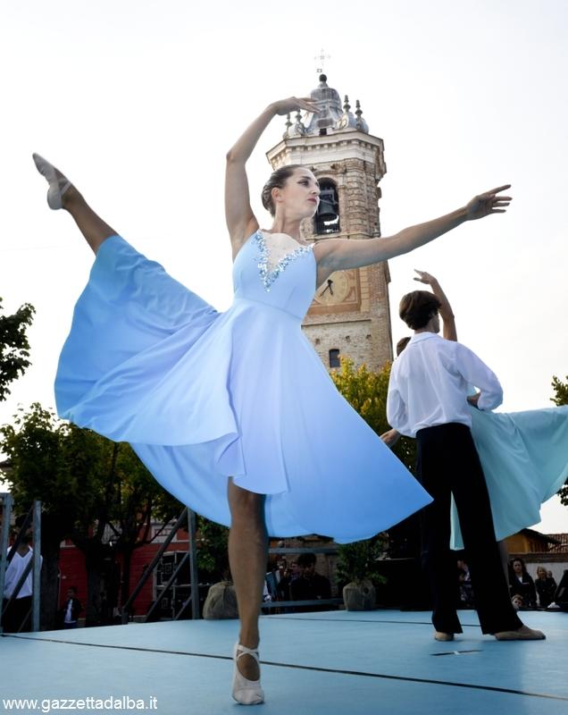 la morra ballerina azzurra