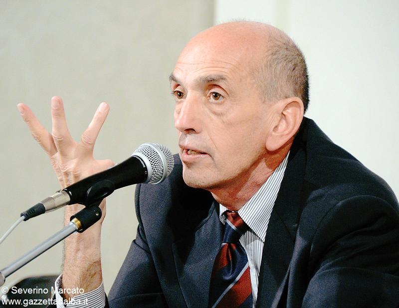 Venerdì a Canale Domenico Quirico parla dei flussi migratori