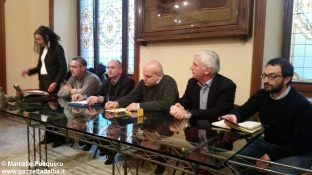 incontro-sindacati-giordano-vini-comune-alba-novembre2015 (1)