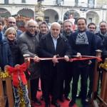 Alba, inaugurata la pista di pattinaggio in piazza Pertinace