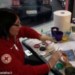 Numerose famiglie hanno ricevuto dalla Croce rossa generi di prima necessità e giochi