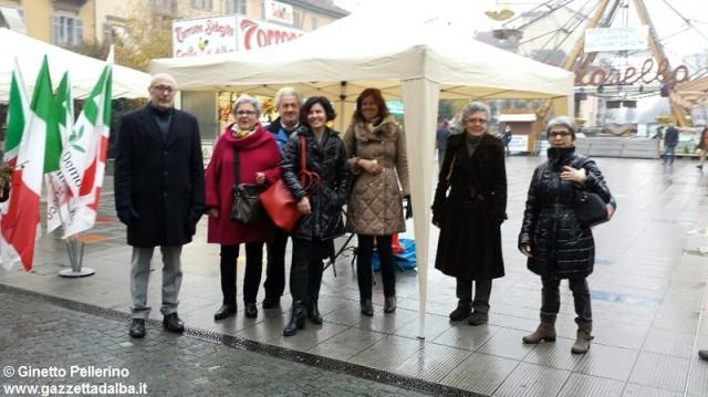 pd-vino-piazza-ferrero-alba-dicembre2015