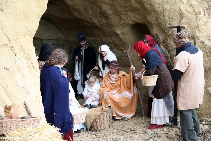 Montà presepe vivente santuario dei Piloni  (47)