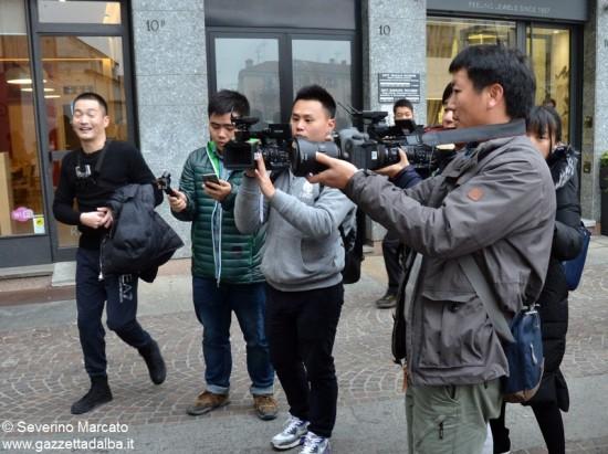 Alba scelta per il reality cinese sui matrimoni 18