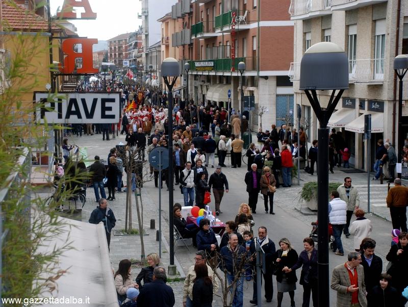 Il quartiere Piave attende il mercato europeo e la Festa 'd magg