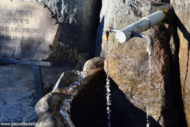 Fontanella acquedotto ricca 1