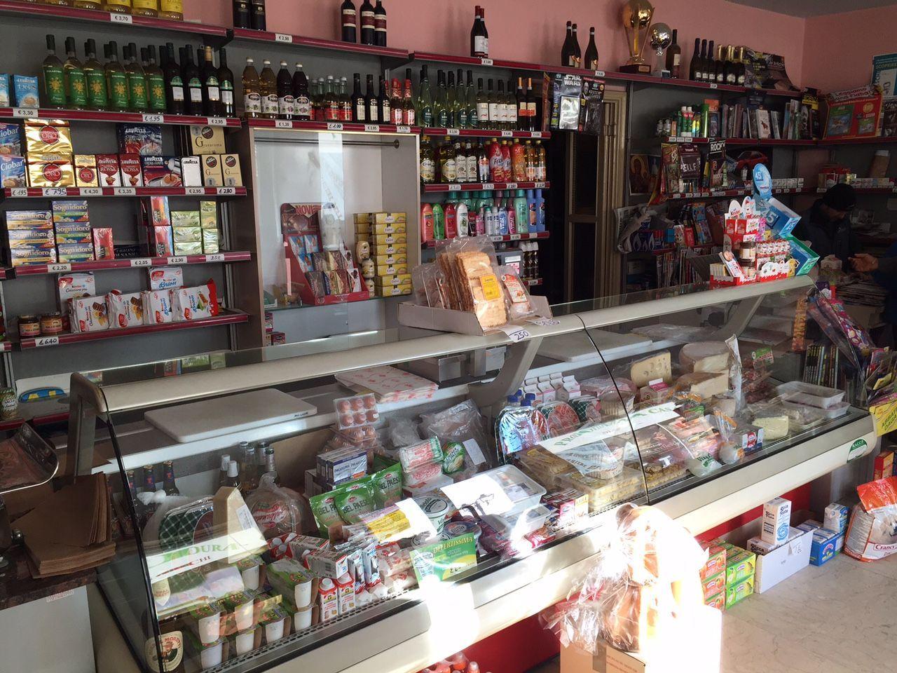 UNCEM_negozio_montagna