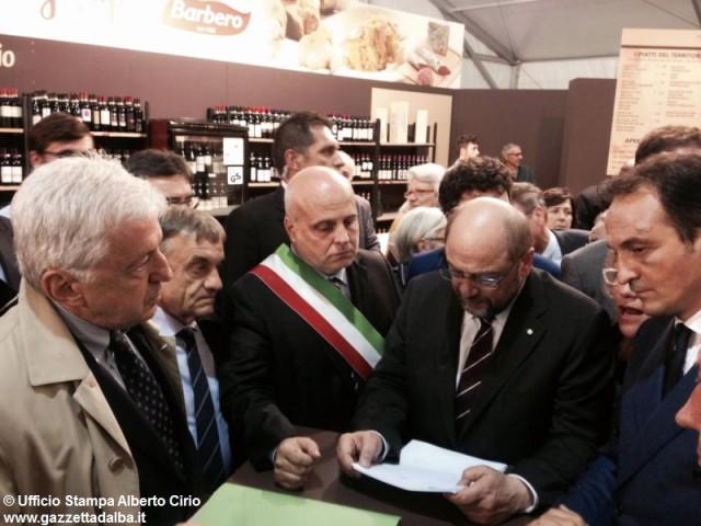 schulz-marello-cirio-petizione-iva-tartufo-alba-autunno2015