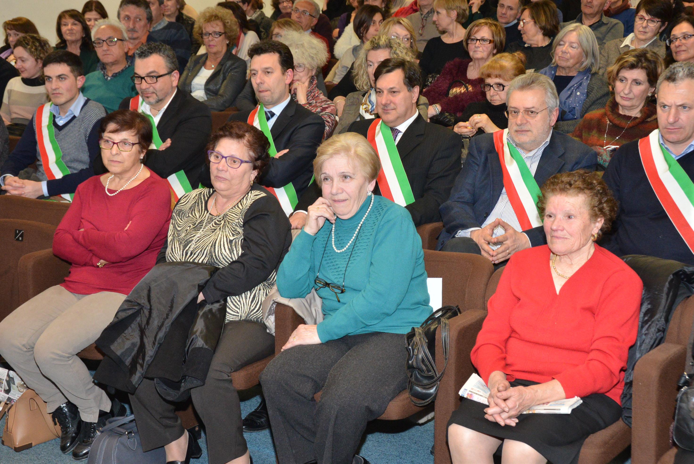 8 marzo convegno donne calabresi (13)