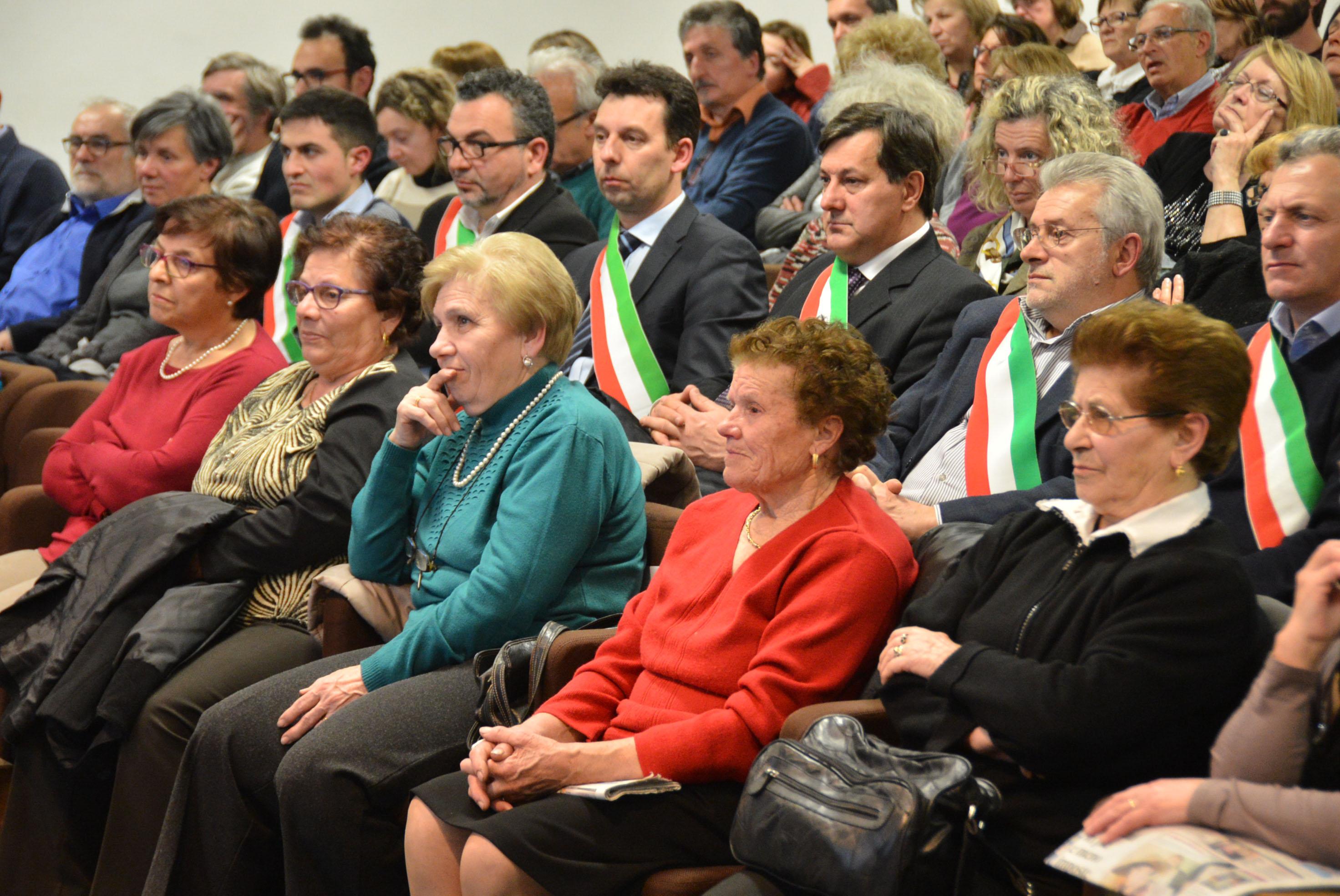 8 marzo convegno donne calabresi (15)