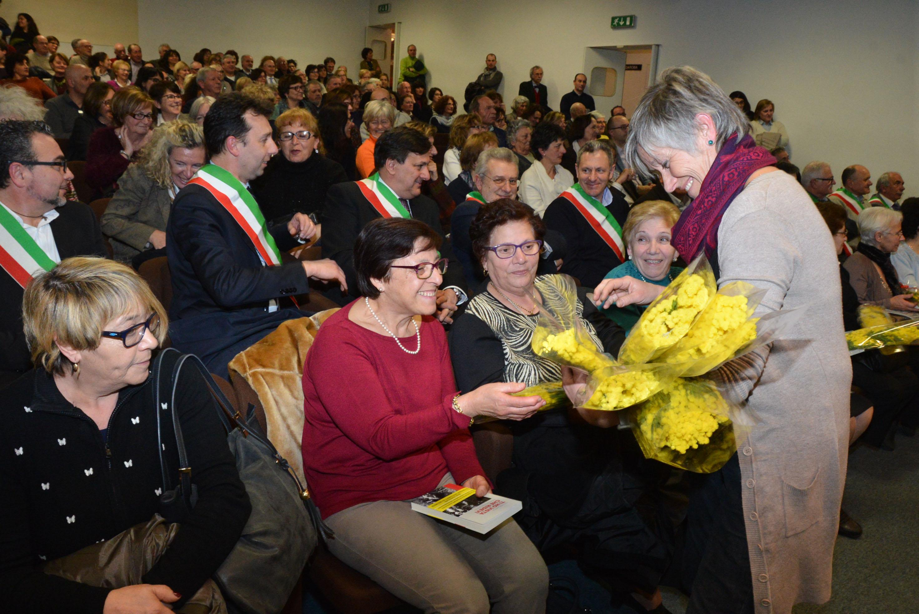8 marzo convegno donne calabresi (19)