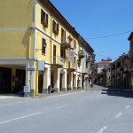 Il mercato resta in via Cavour e nelle piazze