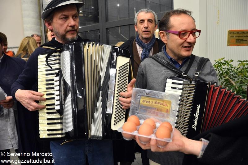 Moretta cantare le uova 5