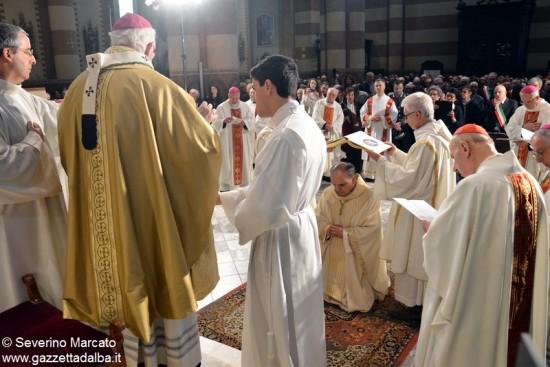 Alba accoglie con solennità il nuovo Vescovo 12
