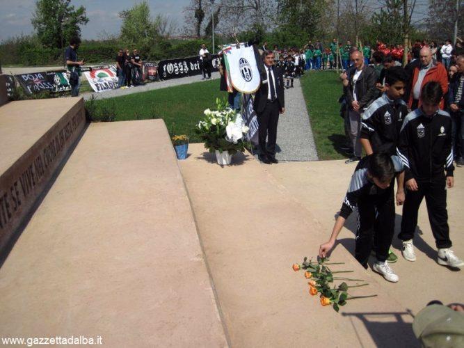 Inaugurato il monumento alle vittime dello stadio Heysel 4