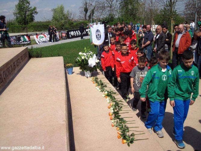 Inaugurato il monumento alle vittime dello stadio Heysel 3