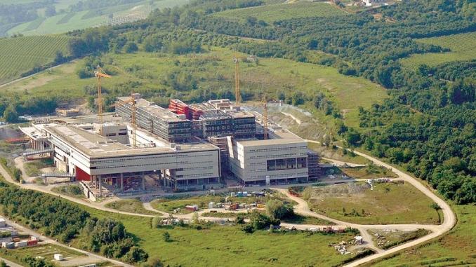 Ospedale di Verduno, operai della Alba-Bra in sciopero per gli stipendi non pagati