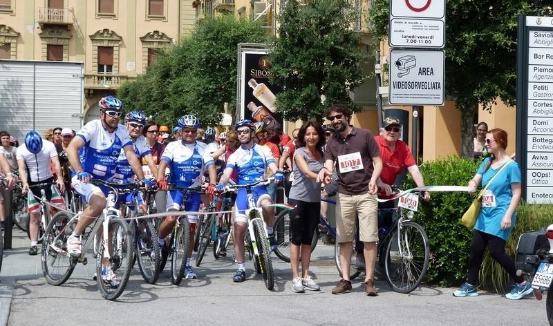 Domenica c'è Alba in bici: pedalata da piazza Duomo