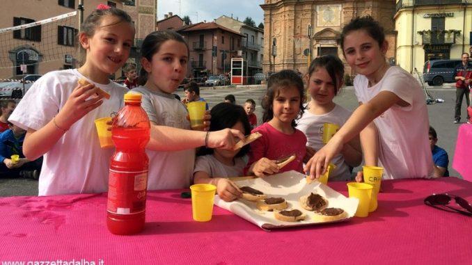 Sport, giochi e aperitivi in piazza a Canale 2