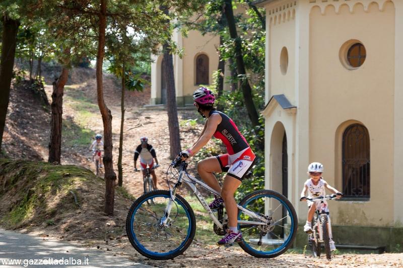 Bikers Roero al santuario dei Piloni di Montà