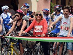 Alba in bici: la fotogallery 5