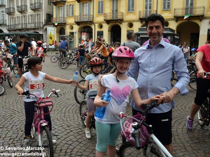 Alba in bici: la fotogallery 8